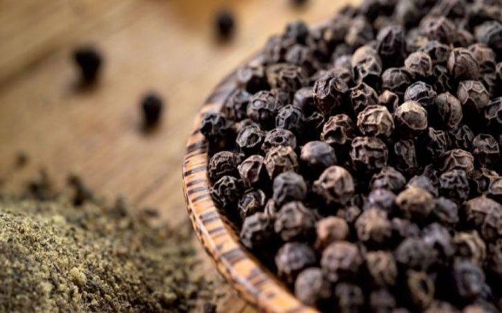 Herbal Paling Kuat Yang Dapat Meningkatkan Pencernaan Anda