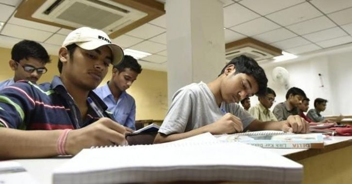 35 Underprivileged Students Given Free Coaching by Delhi Government Qualify For NEET, JEE
