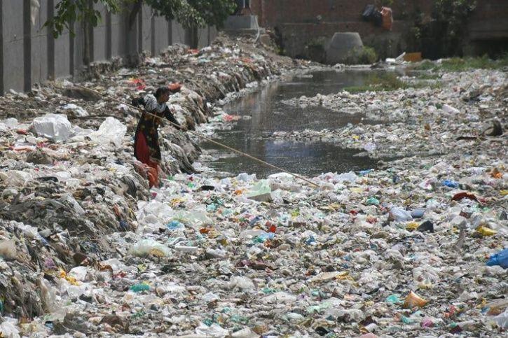 delhi plastic waste