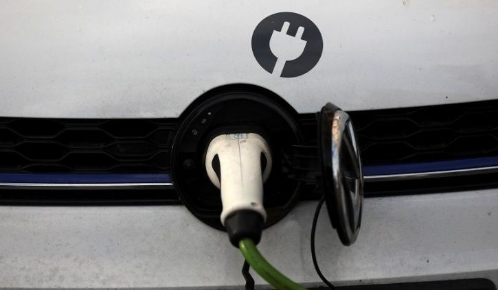 Electric Vehicles India, India EV Sales Target, National Electric Mobility Mission Plan, NEMMP, Unio