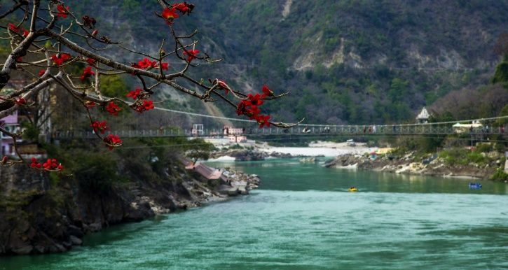 Forget Selfies: Iconic Lakshman Jhula In Rishikesh Closed Down Due To Overcrowding & Traffic