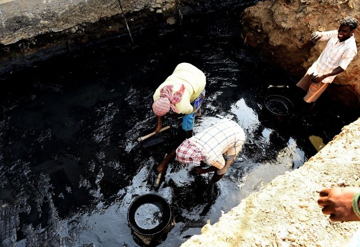 Govt Doing Little To Eradicate Manual Scavenging As 50 People Died Cleaning Sewers In First Half Of