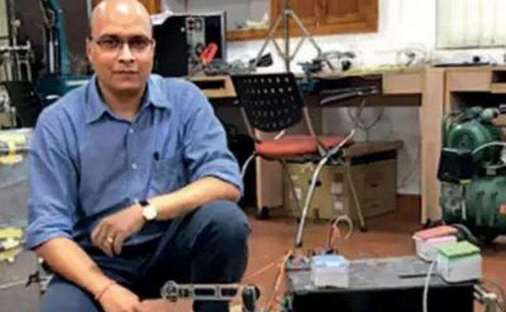 IIT Kanpur professors Ashish Dutta