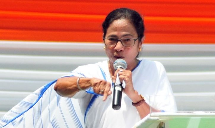 Mamata Banerjee supports celebs who wrote open letter to prime minister narendra modi.