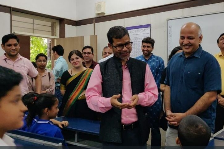 Meghalaya Education Minister Lahkmen Rymbui and Delhi Deputy CM Manish Sisodia attended were student