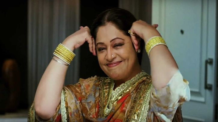 A picture of Kirron Kher in Dostana. Will she be a part of Dostana 2?