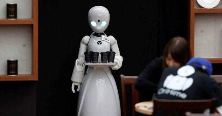 robot waiter smart city