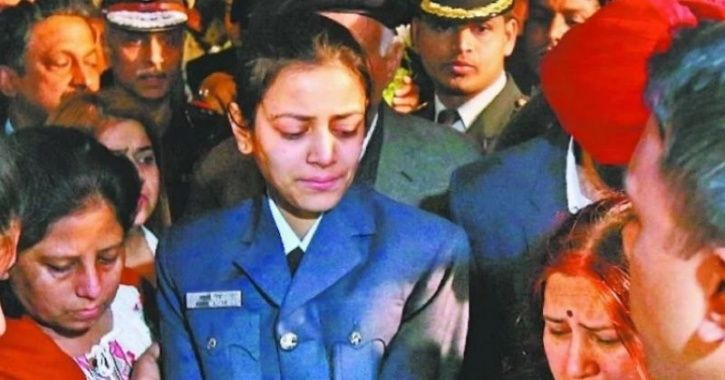 Deceased IAF Officer Siddharth Vashisht's Wife, Also A Squadron Leader, Pays Tribute In Uniform