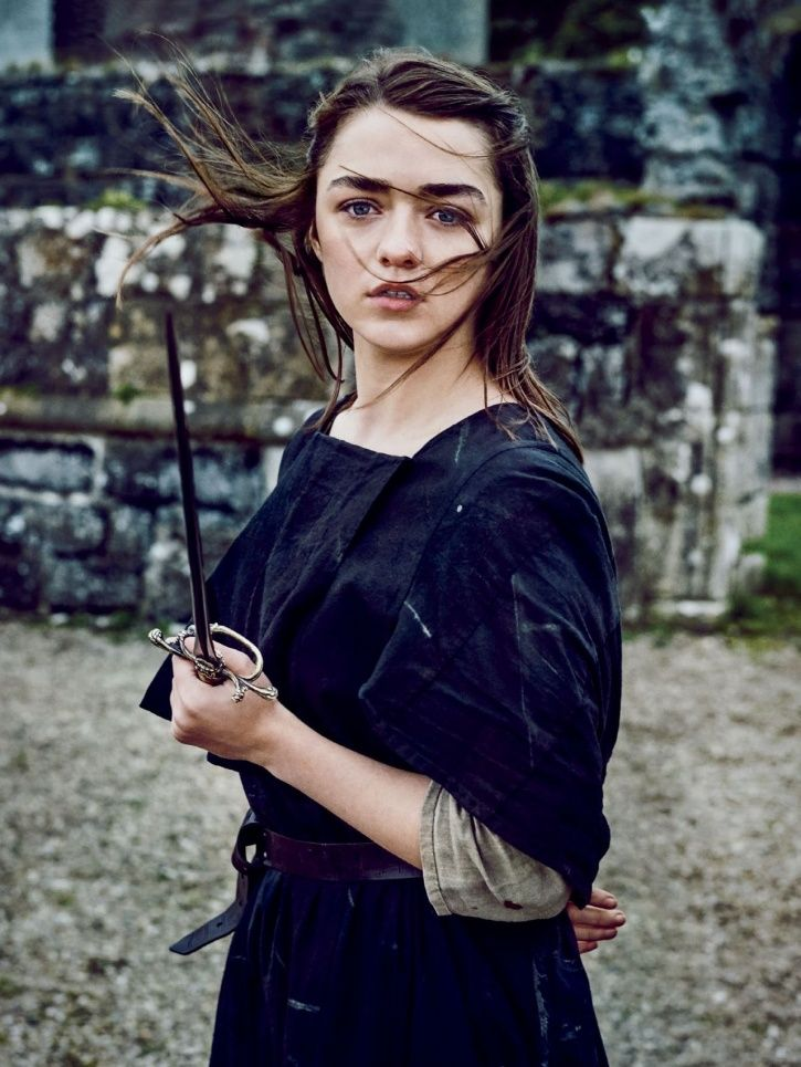 It's Time To Re-Watch GoT S1 Because Maisie Williams Says Finale Has A Lot Of References To It!