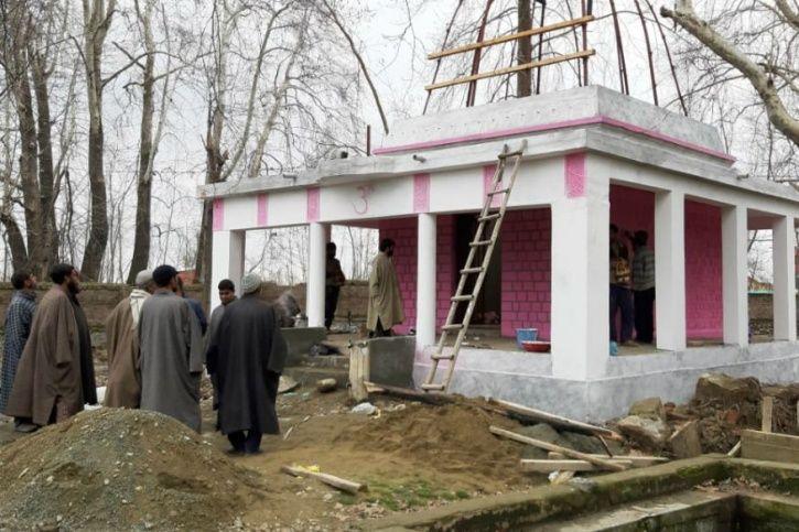 Kashmiris, Muslims, Acchan, Pulwama, temple, restoration, peace, love, India
