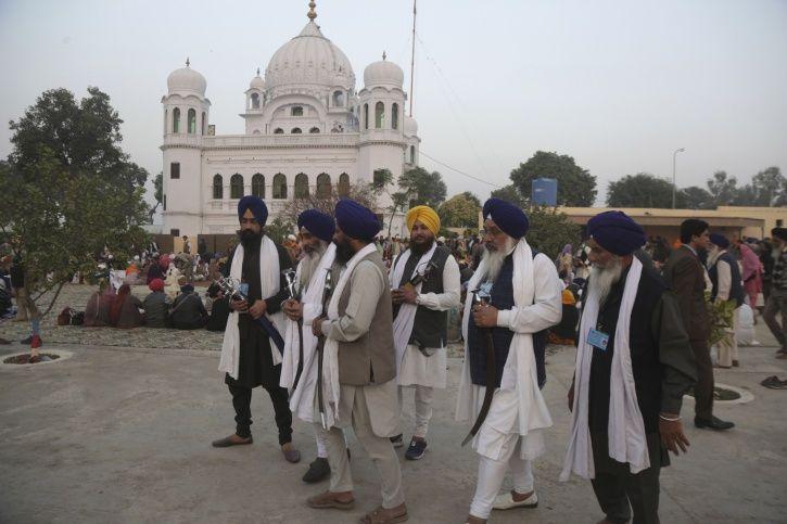 Pakistan, India, Kartarpur corridor, Guru Nanak Dev, pilgrims, officials, meeting