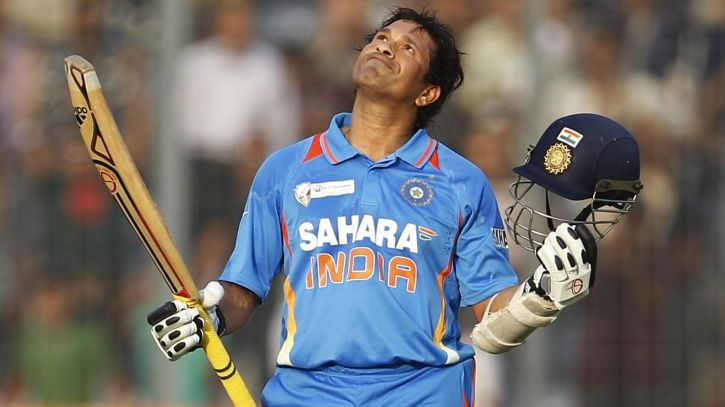 Sachin Tendulkar has 100 100s