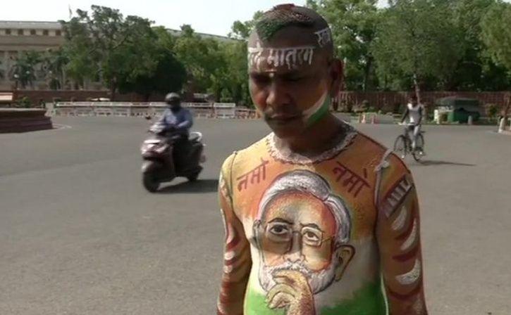 Bihar Man Lands In Delhi To Sell Tea As PM Modi Took Oath