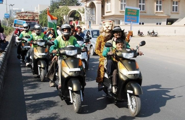Electric Vehicles India, Electric Two Wheelers, Electric Three Wheelers, Electric Bikes Mandate, Ele