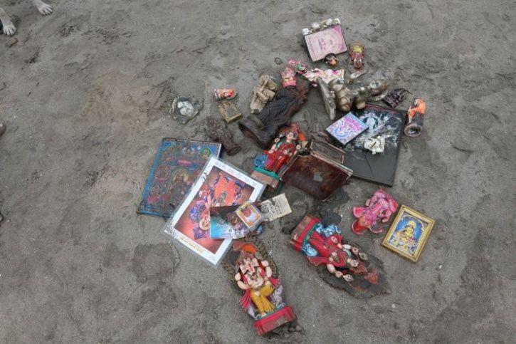 Malhar Kalambe Dadar Beach Garbage