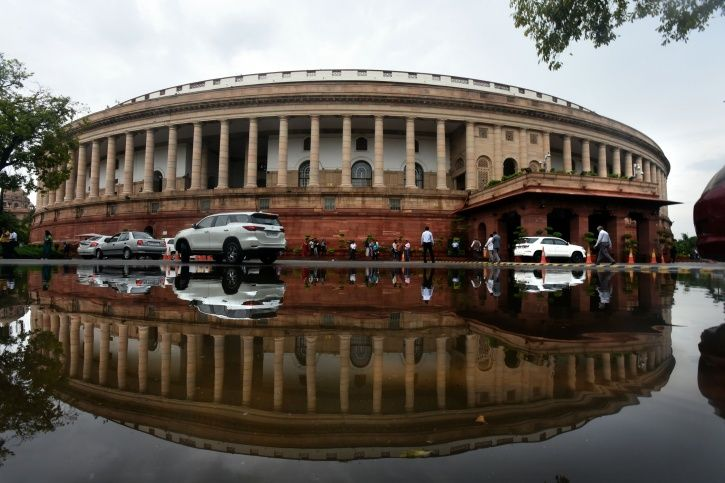 Nearly 50% Of The 17th Lok Sabha MPs Have Criminal Cases Against Them, Including Rape & Murder