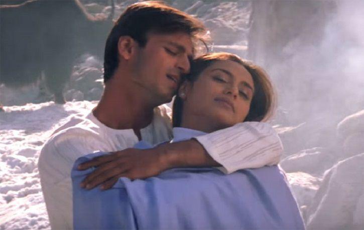 Vivek Oberoi and Rani Mukerjee in Saathiya.