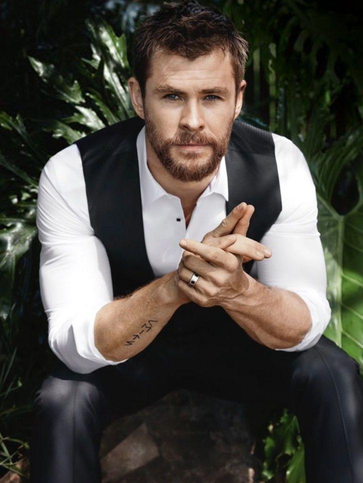 Chris Hemsworth is so handsome.