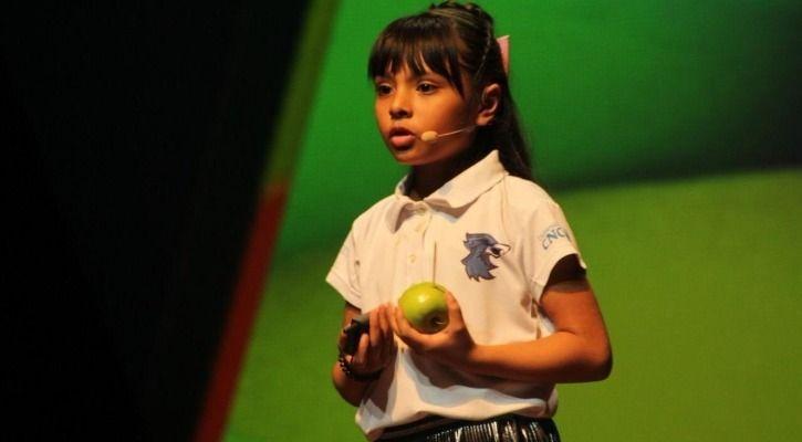 genius kid Adhara Pérez