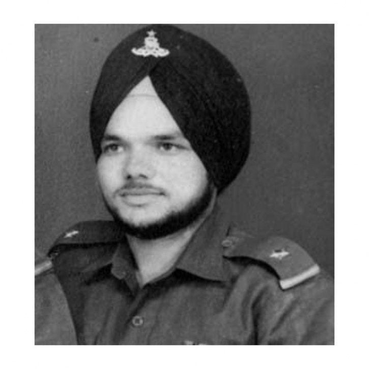 Makhan Singh bear Milkha Singh