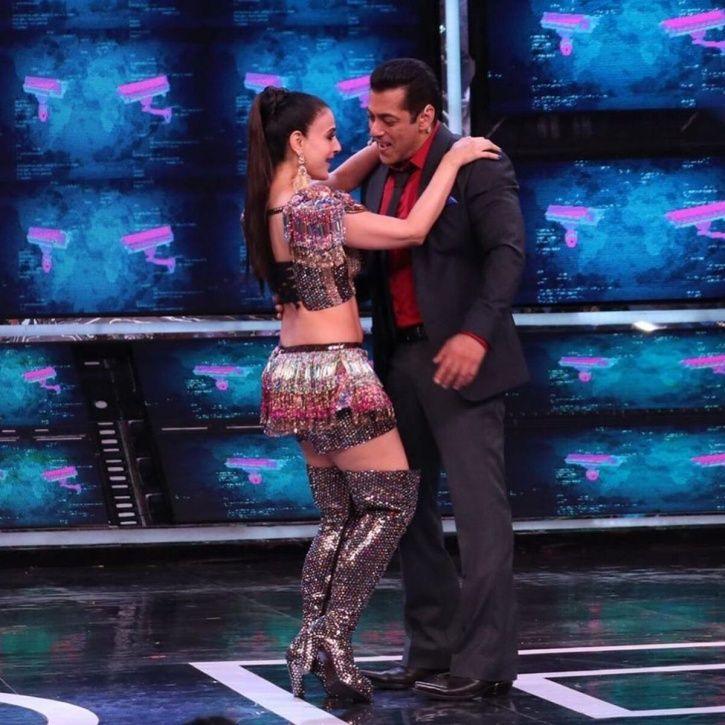 Ameesha Patel with Salman Khan.