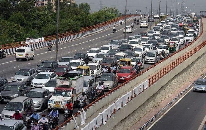 Delhi Roads Redesign, Delhi Under Construction Roads, Delhi Traffic Conditions, Delhi Road Traffic,
