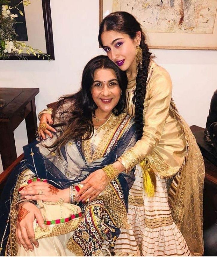 Sara Ali Khan with her mother Amrita Singh.