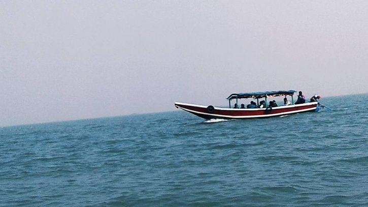 Soon, Tourists May Stay In Houseboats In Odisha's Chilika, Bhitarkanika. But Is It A Good Idea?
