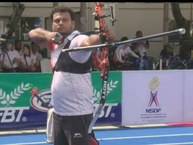 Vivek Chikara won gold