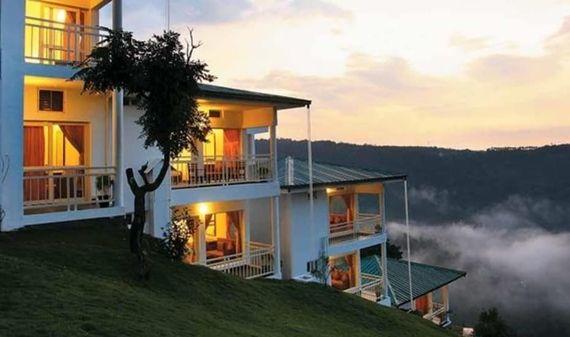 best hotels in Munnar