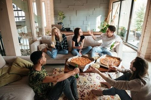 how to live alone without feeling lonely