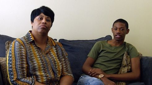 mom who gives her son $1000 says her son needs a big reality check
