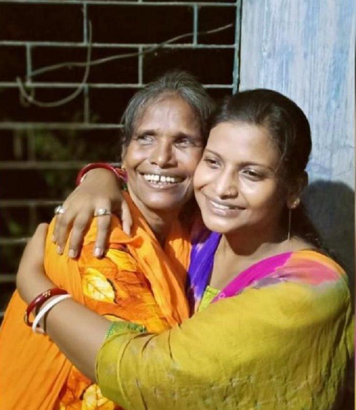 Ranu Mondal with her daughter Elizabeth Sathi Roy.