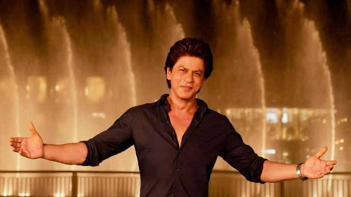 Specially-Abled Fan Sings Tujhe Dekha Toh & Shah Rukh Khan's Reaction Proves He Has A Heart Of Gold