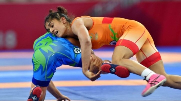 Vinesh Phogat booked a place in the last 8 of the World Wrestling Championships by beating Sofia Mat