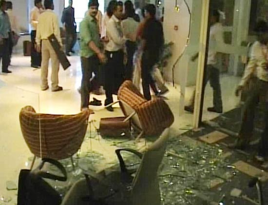 Does Shiv Sena Breed 'gundas'?