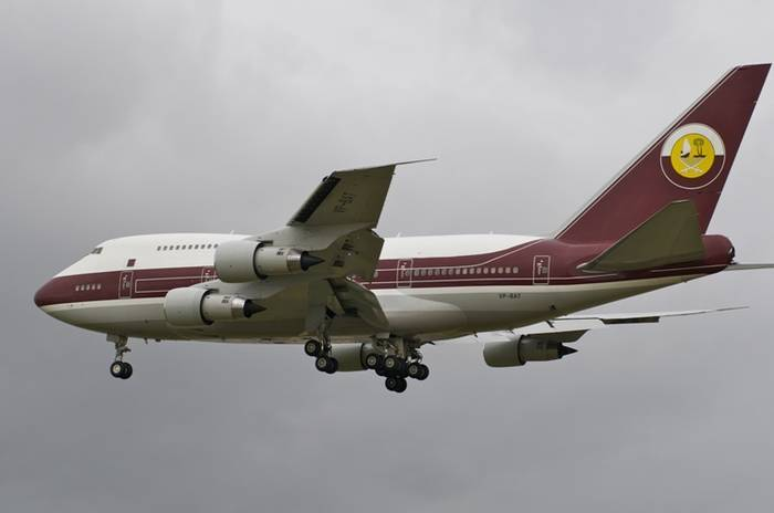 World's Most Luxurious Private Jets-Boeing 747-81 VIP