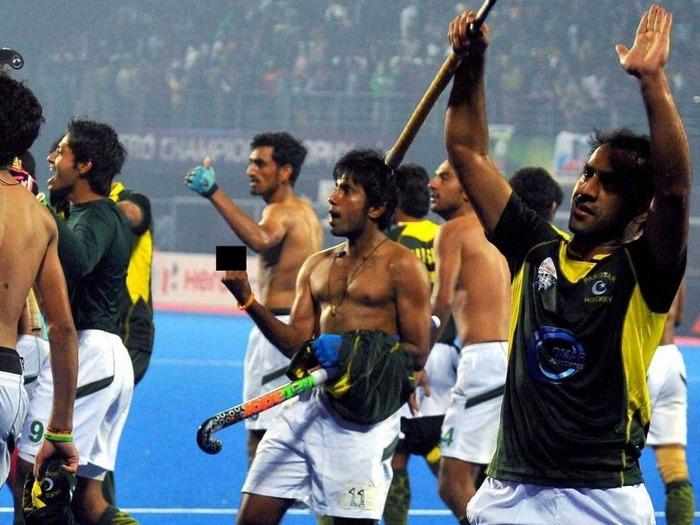 Shame On Pakistani Hockey Players!