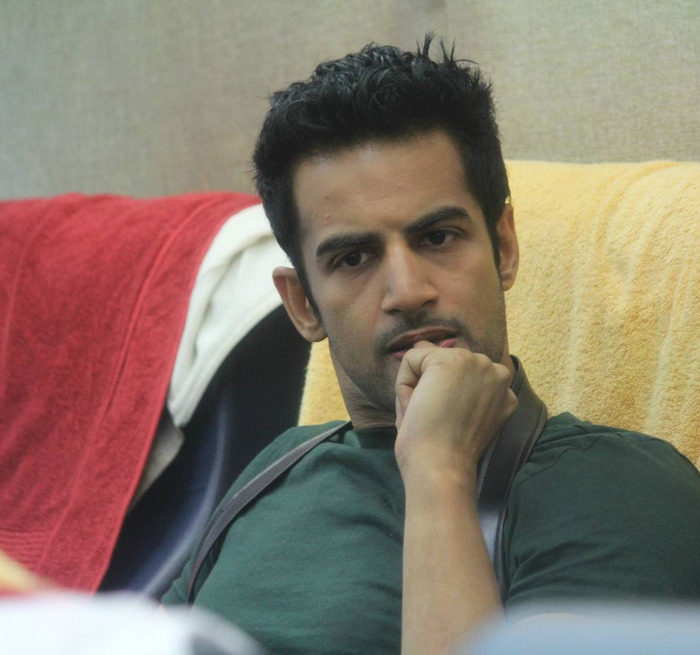 Upen, The Latest Baby To Lose It On Bigg Boss 8!!!