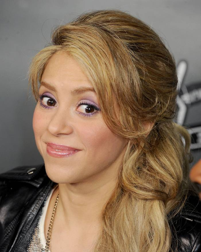 Most Popular Women On Google - Shakira