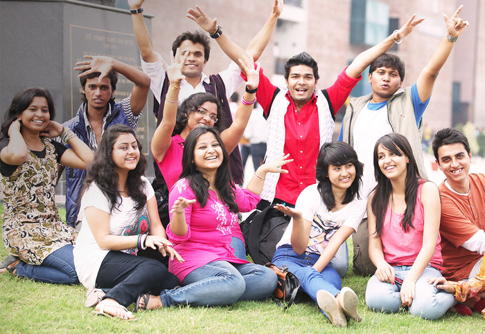 10 Things We All Miss About College Life!