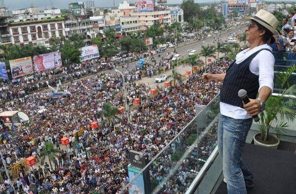 #SRK10Million: Your Messages For Shah Rukh Khan