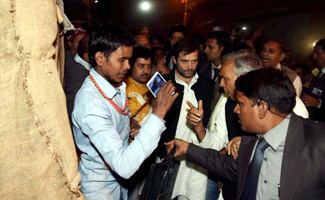Is Rahul Gandhi Copying Arvind Kejriwal?