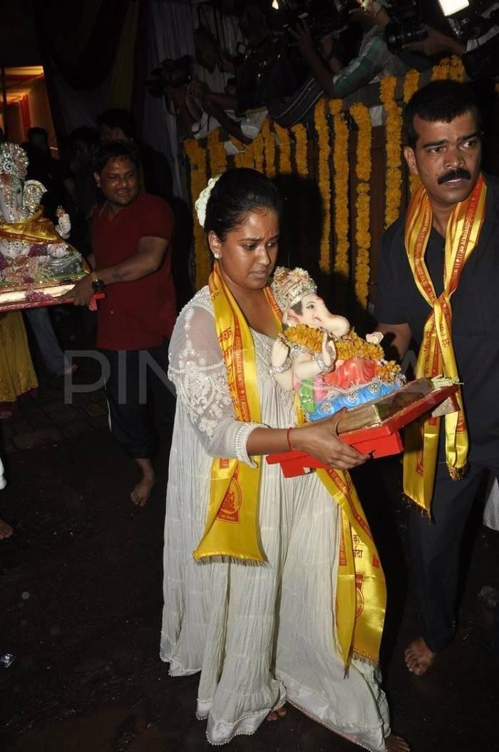 Was Arpita Khan Pregnant When She Got Married?
