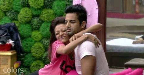 Bigg Boss 8: Soni And Upen, Incest At Its Best!