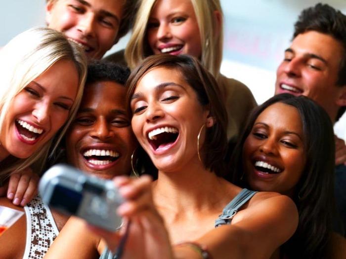 Selfie Addicts Have Low Self Esteem