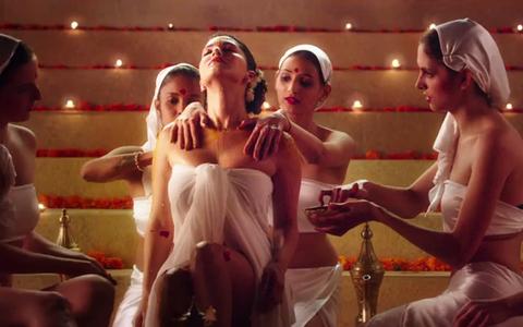 Is Sunny Leone Starrer 'Ek Paheli Leela' Too Bold For Bollywood?