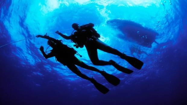 SHOCKING: Woman Molested Underwater By Her Diving Instructor