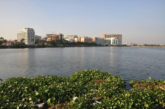 Advanced Cities In Developing India - Kolkata