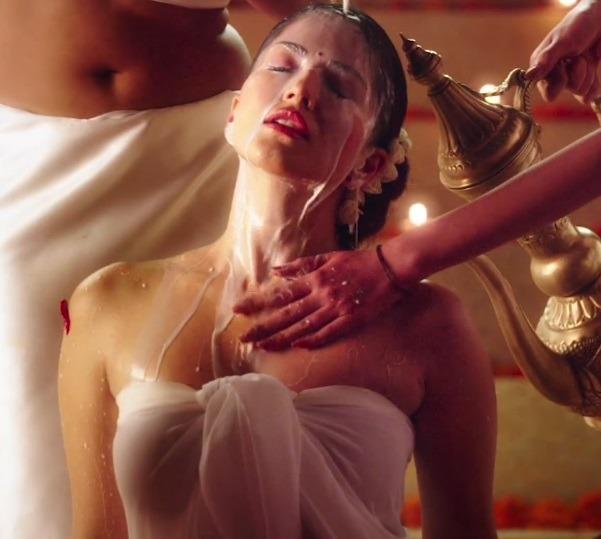Why You MUST Watch Sunny Leone Starrer 'Ek Paheli Leela'